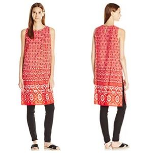 Vince Camuto tunic, size M